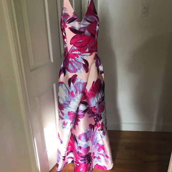 d478a4bf352f6 NEW JUNIORS SIZE 17 FLORAL PROM DRESS